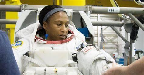 Jeanette Epps cuenta con una nueva oportunidad para ir a la Estación Espacial Internacional